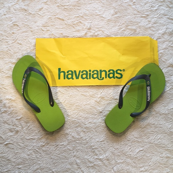 green and yellow havaianas